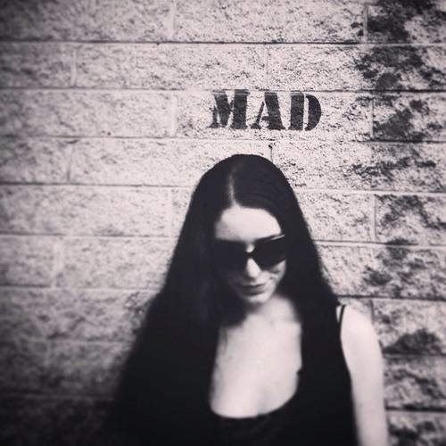 Tia Charlotte's avatar