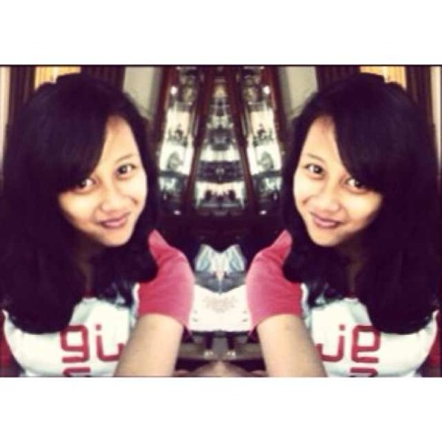 hanifah_khairunnisa's avatar