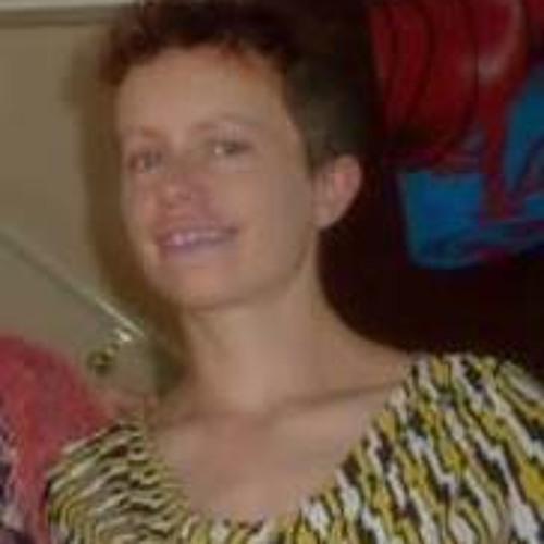 Rachel Louise Neil's avatar