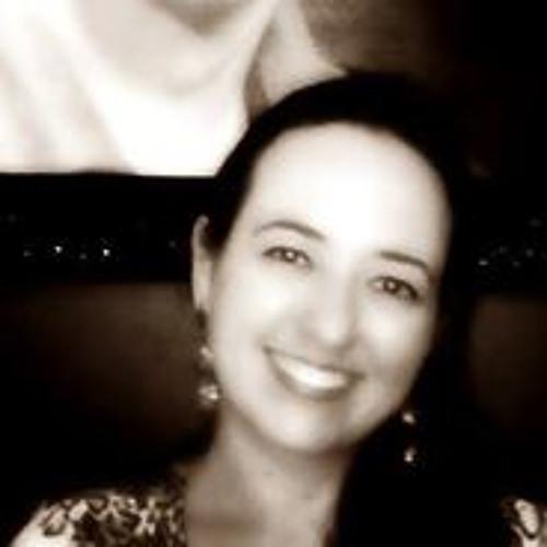 Priscila Ricardi Rocha's avatar