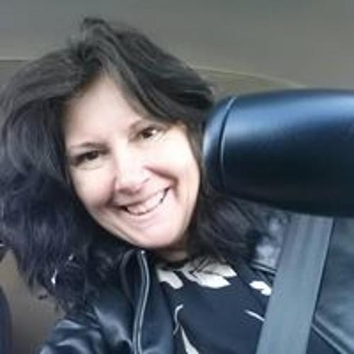 Sandie Everard's avatar