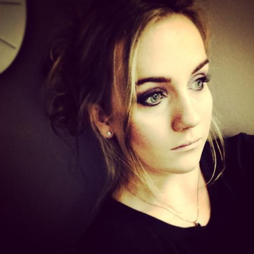 NicolePlum's avatar