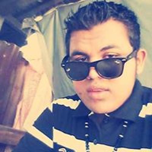 Alejandro Dumek Marcial's avatar