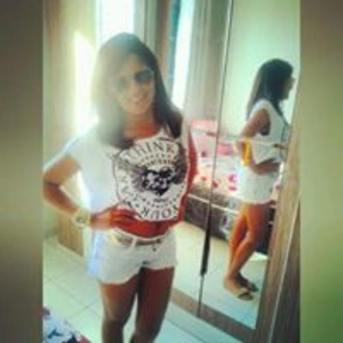 Ana Alice Reis Santos's avatar