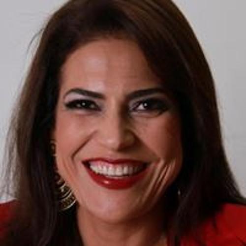 Cláudia Lima 39's avatar