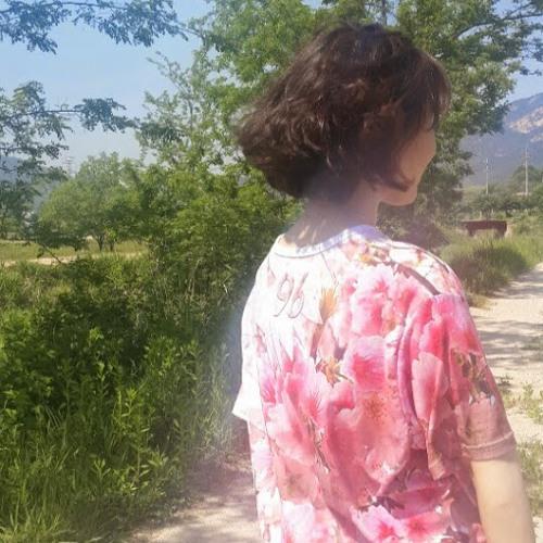 Suin Kim 6's avatar