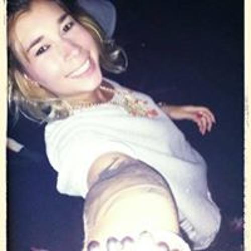Samily Gomes's avatar