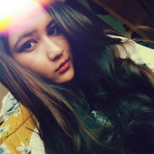 Putri Icha Adelia's avatar