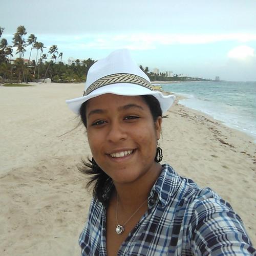 Alejandra E. Saldaña's avatar