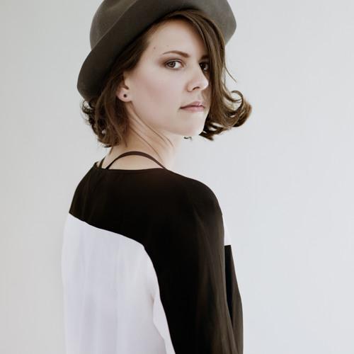 DJane Ellen V's avatar