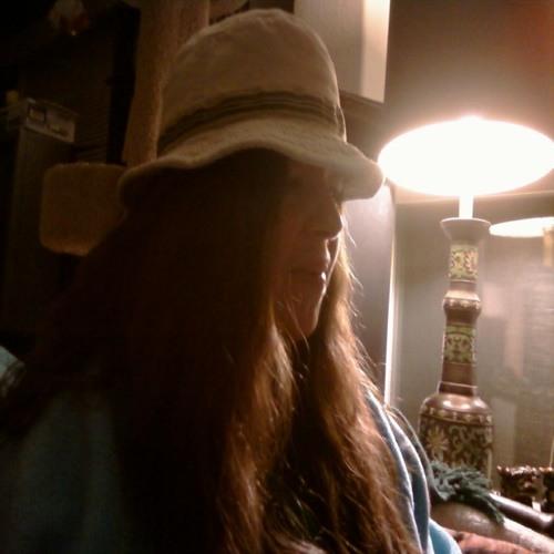 Rayna's avatar