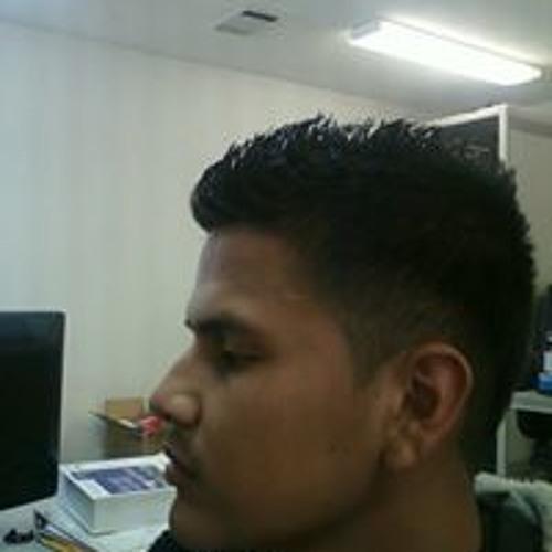 Pablo Arias 28's avatar