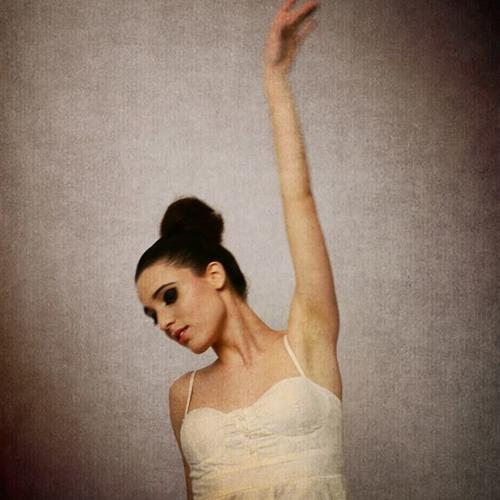 Carola Estrabou's avatar
