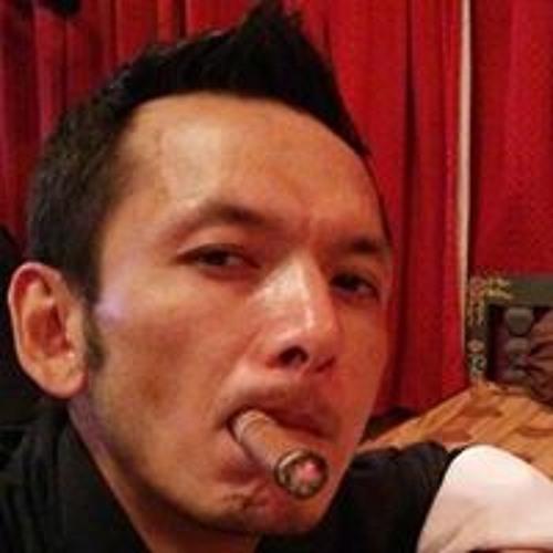 Vinay Thapa's avatar