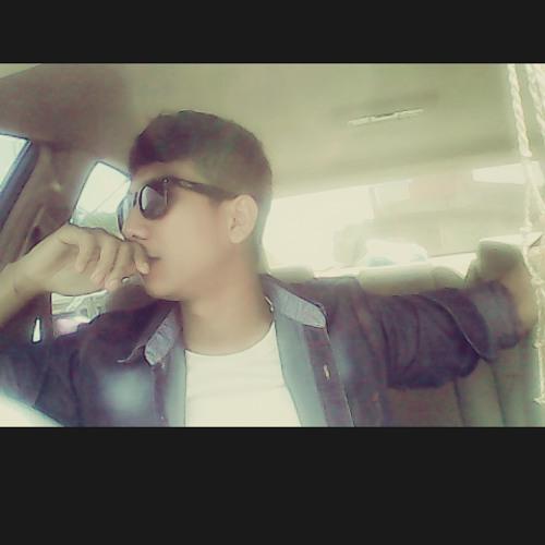 I Gusti Putra_Radhian's avatar