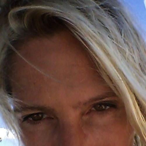 Valerie Higgins's avatar