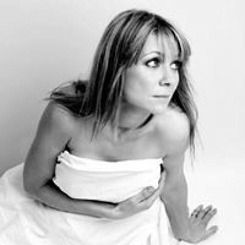 Joanne Taylor 25's avatar