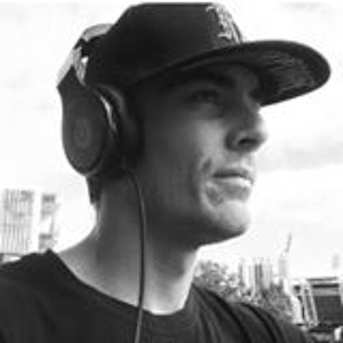Luke Oggy Ogden's avatar