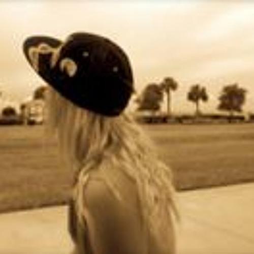 Kylie Lemmer's avatar