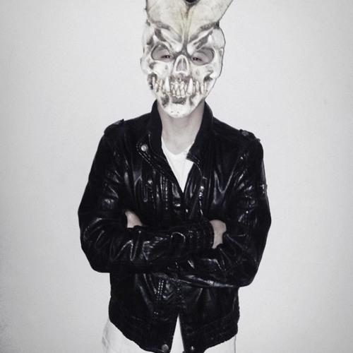 FakeMusicOfficial's avatar