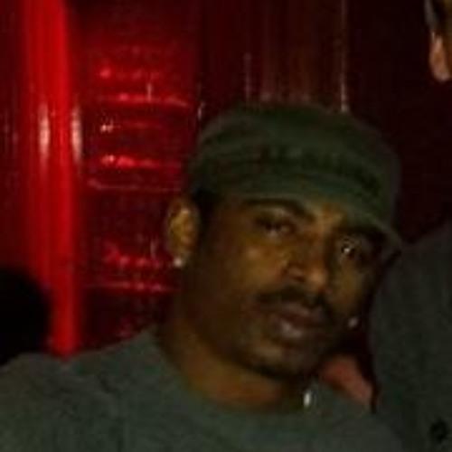 Paul Smith 285's avatar