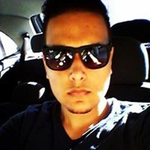 Robert Paiva's avatar