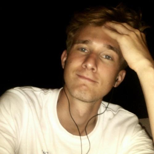 Lukas Valatka's avatar