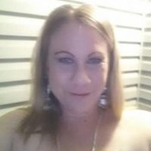 Monique Shaklee's avatar
