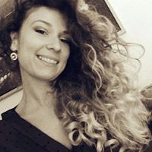 Roxana Gavrilut's avatar