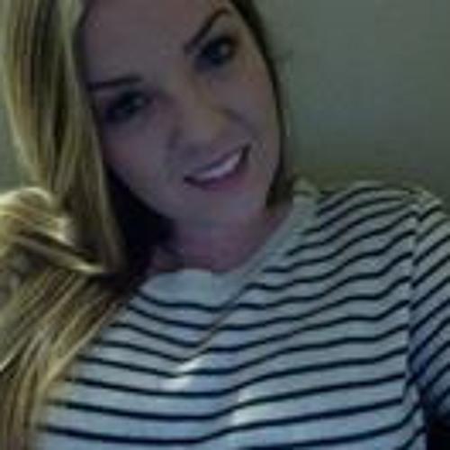 Kristen Topham's avatar
