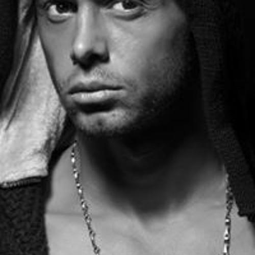 Arash Asghari 1's avatar