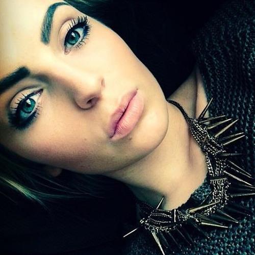 Sharon Leo P's avatar
