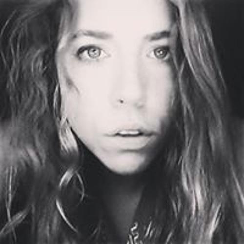 Elizabeth La Rue's avatar