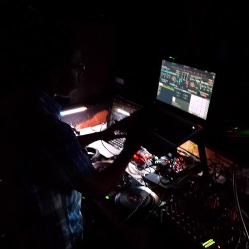 DJ I.DoubleU.'s avatar