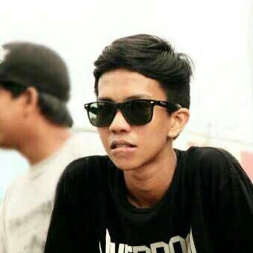 user223098942's avatar