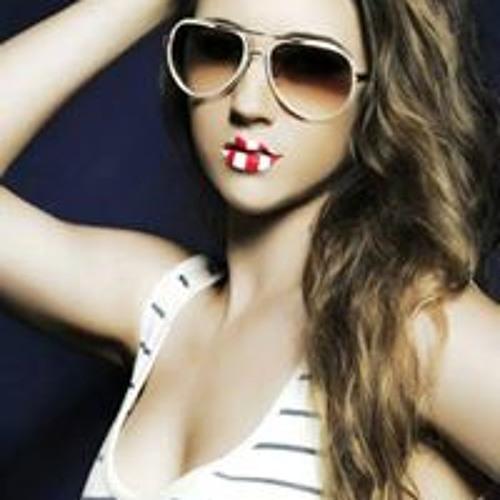 Ally Blakemore's avatar