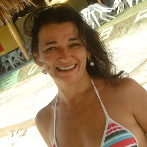 Germana Araujo's avatar