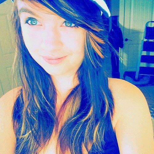 Lindsey (NickieMar)'s avatar