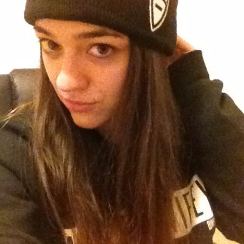 Kristen Ashley Varona's avatar