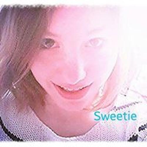 Emma Pedersen 8's avatar