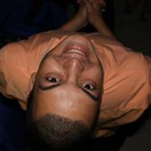 Esniel Lucena's avatar