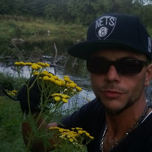 HR-Niko888's avatar