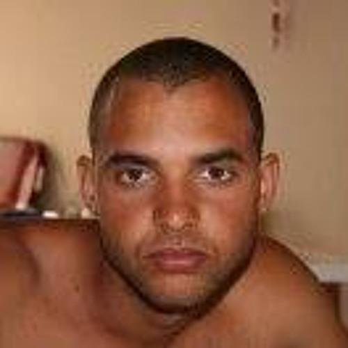 Cesar Melo 17's avatar