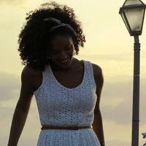 Maria Freitas 20's avatar