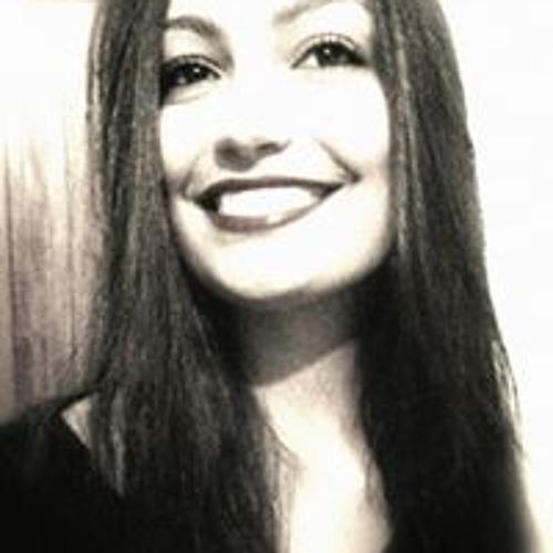 Júlia Van 2's avatar