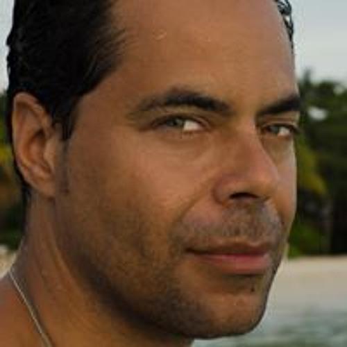 Daniel Stanford 2's avatar