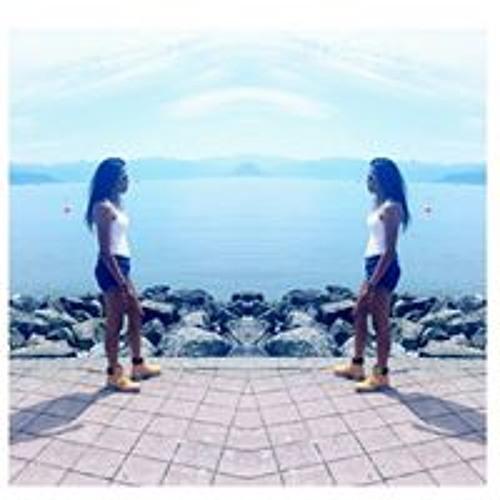 Maya Cretegny's avatar