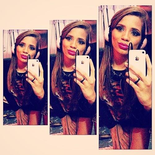 Lorranye Alves's avatar