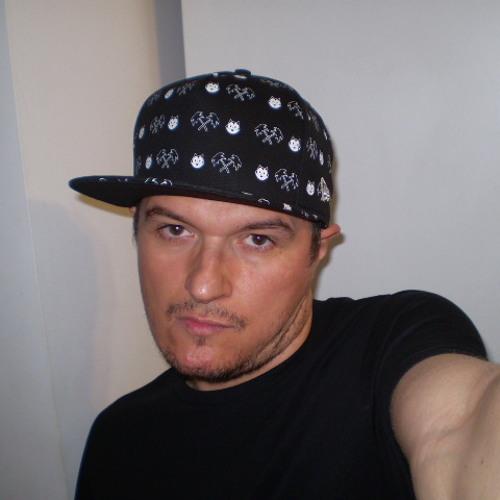 Marius M's avatar