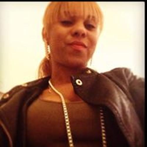 Carla R 1's avatar